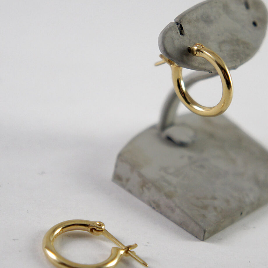 https://losau-jewelry.com/store/wp-content/uploads/2018/01/lo-p010g__002.jpg